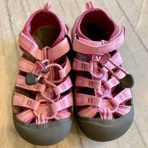 Keen Newport H2 Toddler Girl 12 Pink Waterproof